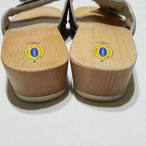 cc6923d6e5de Dr. Scholl s Shoes - True Vintage Dr. Scholl s Exercise Sandal - Size 7